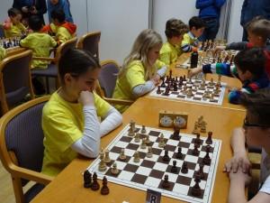 Tiroler Schachschule 3: Anelie ITZOV, Sandra ZEDROSSER, Jonas HOHENEGGER, Armenak ITZOV